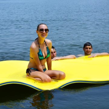 GYMAX Best Floating Water Mats